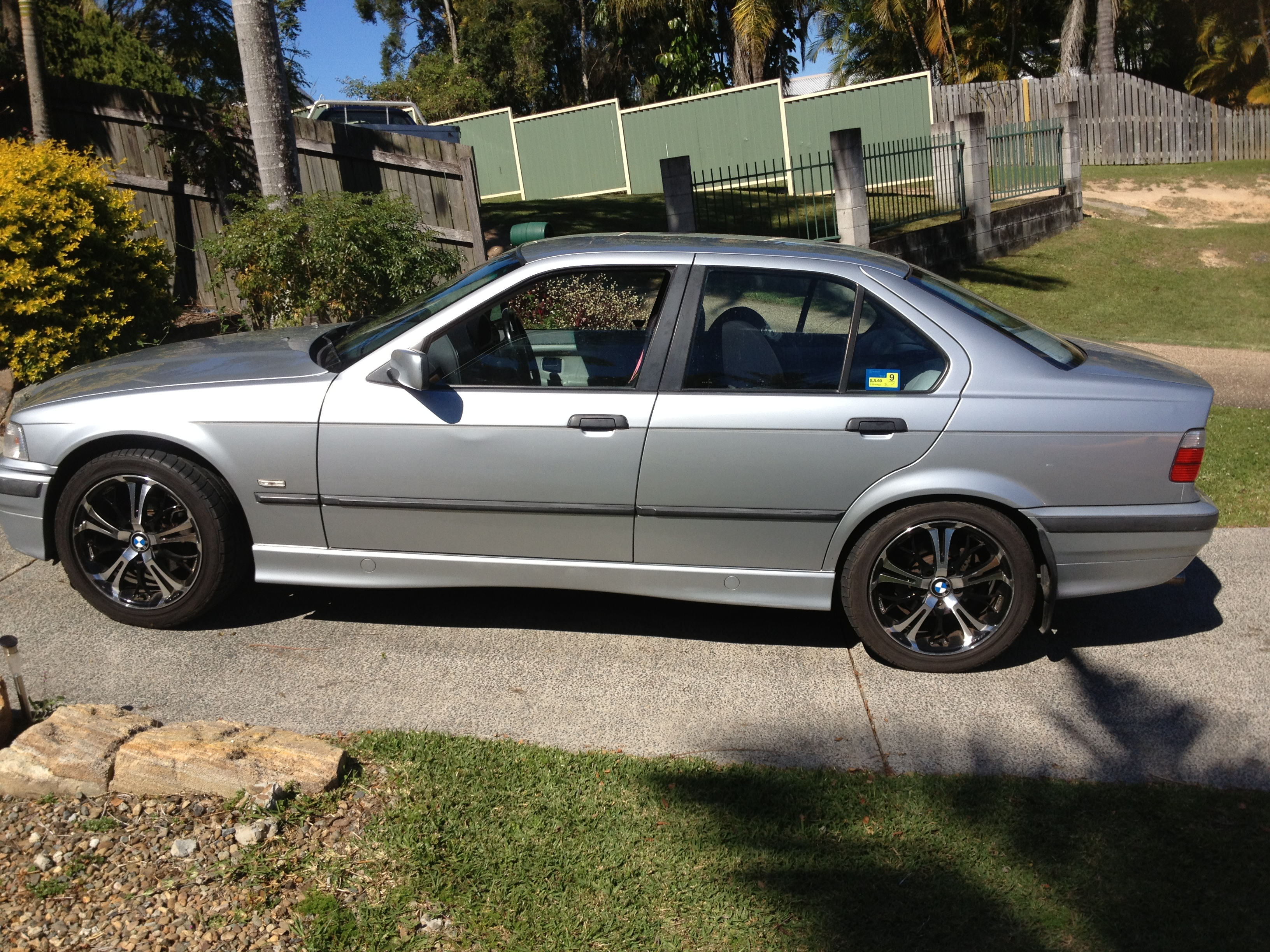 1997 bmw 323i executive e36 car sales qld gold coast 2266832. Black Bedroom Furniture Sets. Home Design Ideas