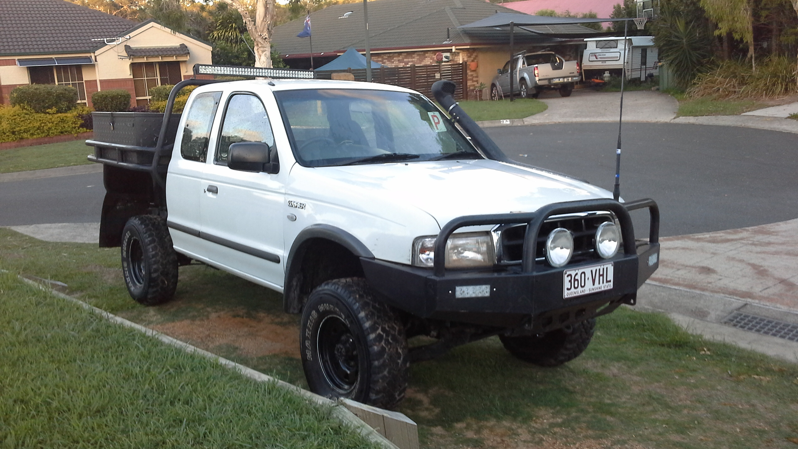 2000 ford courier gl 4x4 pg for sale or swap qld brisbane