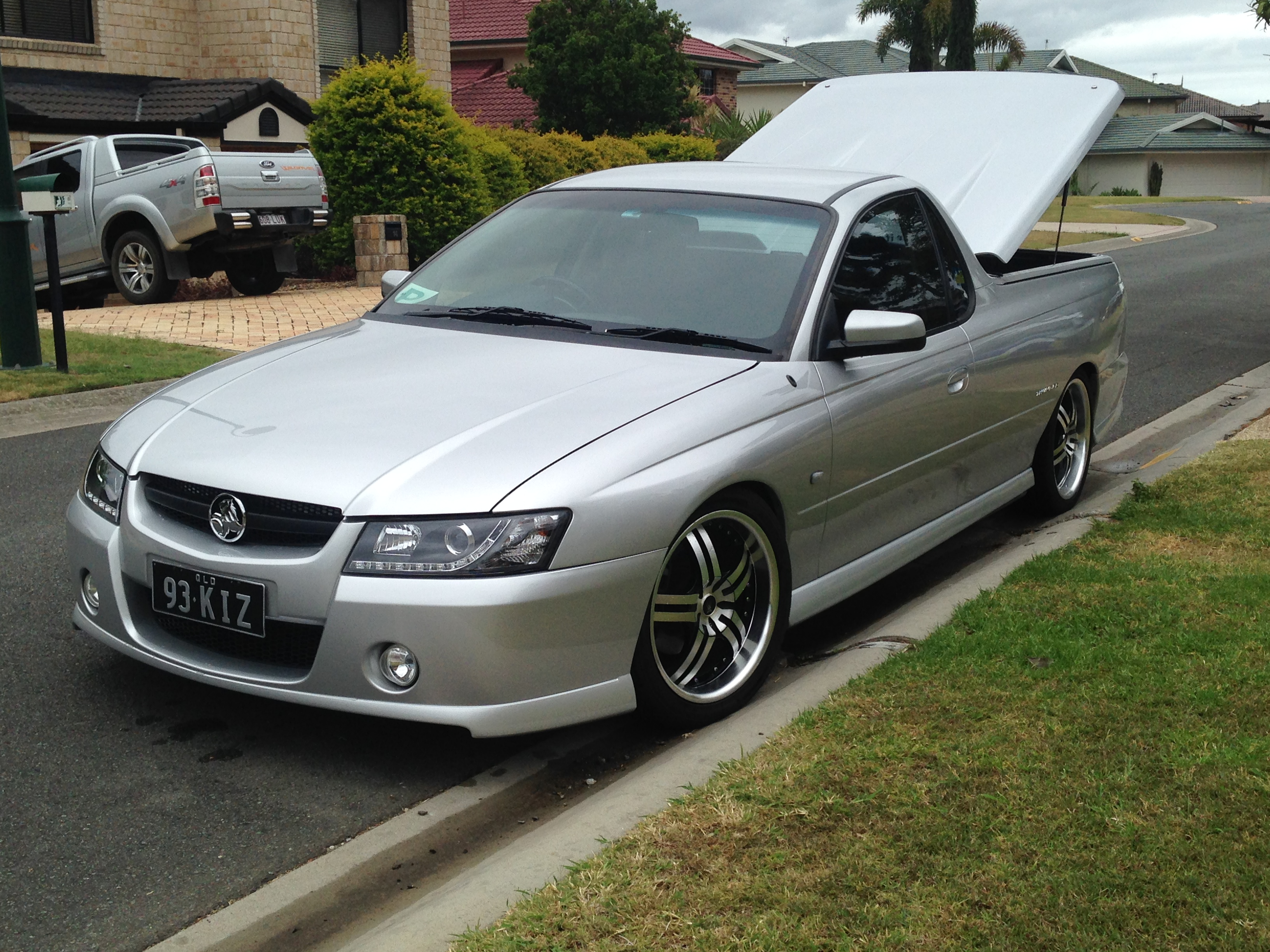 holden vz commodore workshop manual free download
