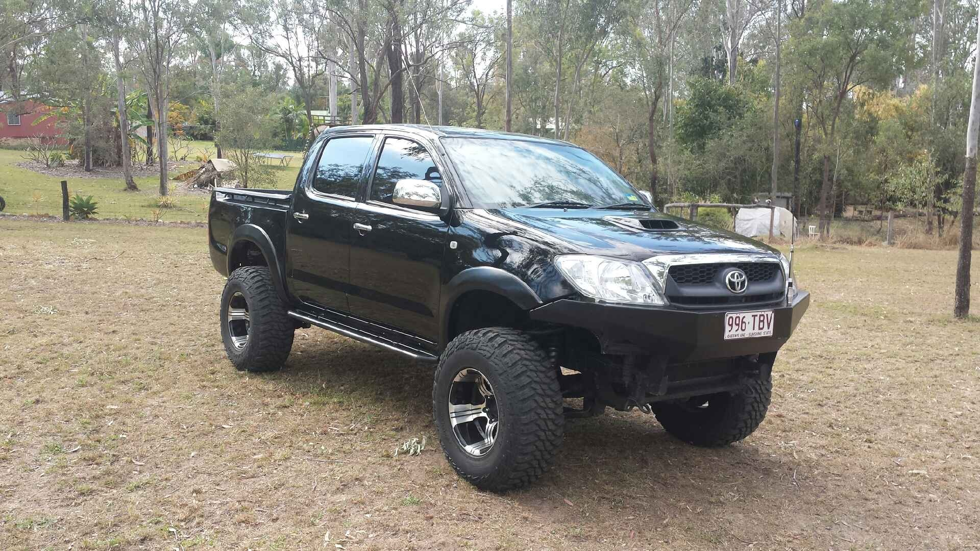 toyota hilux 4x4 rims. Black Bedroom Furniture Sets. Home Design Ideas