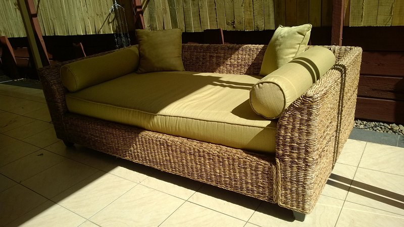 CANE SOFA Outdoor Day BED   For Sale QLD Brisbane 2310955